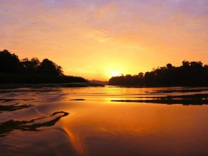 River Cruise Sunrise (credits to Ruari Cassidy)